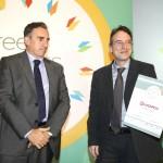 Bronze βραβείο στην κατηγορία Top Services Company παραλαμβάνει ο κ. Μιχαηλίδης Σπύρος, Managing Director της εταιρείας EWORX A.E. από το Νίκο Πορφύρη, Αναπληρωτή Επιτελικό Διευθυντή Ομίλου Χρηματιστηρίου Αθηνών