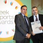 Silver βραβείο στην κατηγορία Top Services Company παραλαμβάνει ο κ. Πάνος Γιαλελής, Διευθύνων Σύμβουλος της εταιρείας Intelli Solutions A.E. από το Νίκο Πορφύρη, Αναπληρωτή Επιτελικό Διευθυντή Ομίλου Χρηματιστηρίου Αθηνών