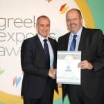 Bronze βραβείο στην κατηγορία Top Export Assistance Company παραλαμβάνει ο κ. Αλκιβιάδης Καλαμπόκης,  Managing Director της GREAT - GREEK EXPORTS AND TRADE από τον κ. Τζανέτο Καραντζή, Πρόεδρο της Ενωσης Διπλωματικών Υπαλλήλων Οικονομικών και Εμπορικών Υποθέσεων